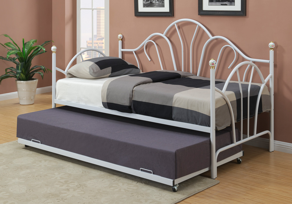 white metal twin daybed day bed guest room couch optional twin trundle casters ebay. Black Bedroom Furniture Sets. Home Design Ideas